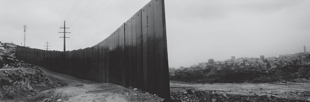 Shu'fat Refugee Camp, overlooking Al 'Isawiya, East Jerusalem. When complete, the wall will be approximately 700 kilometer long, more than twice the length of the 320-kilometer-long Green Line between Israel and the West Bank. © Josef Koudelka / Magnum Photos