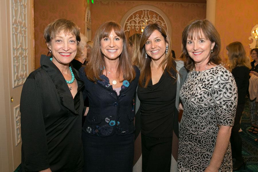 Charlotte Pelton, Mary Jacobs, Michelle Noga, Julie Criser - Photo © JACEK PHOTO
