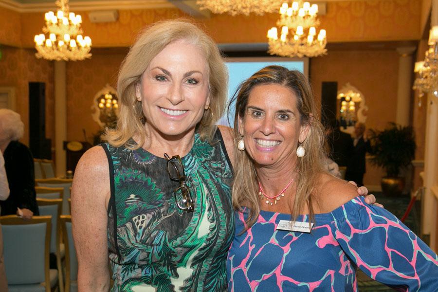 Christine Cannon Bucher, Debbie Calabria - Photo © JACEK PHOTO