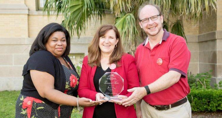27th Annual Providencia Award Winner - Palm Beach Zoo