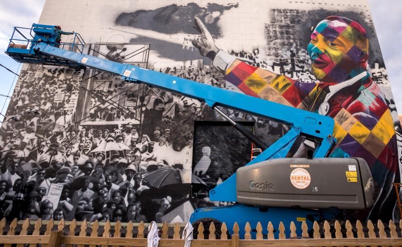 Kobra Martin Luther King Jr mural - Damon Higgins Palm Beach Post