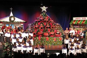 Living Christmas Tree - Dolly Hand