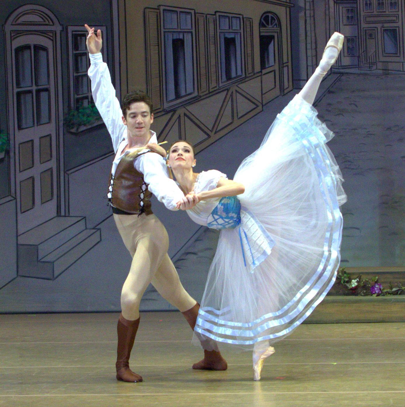 "Boca Ballet Theatre: ""Coppélia"""