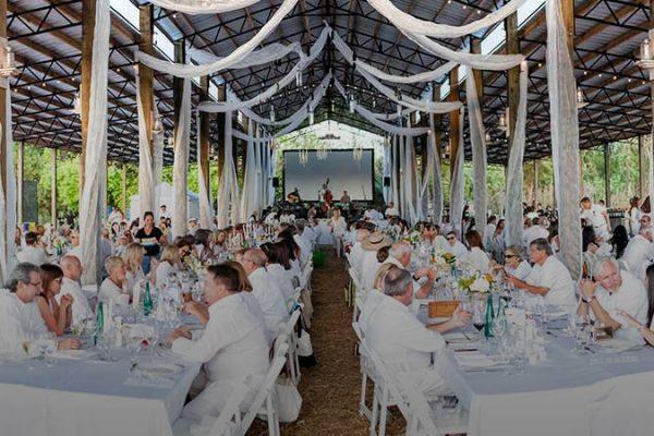 Swank Table 2018 - Vêtu de Blanc